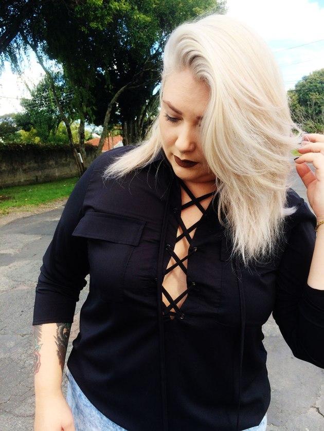 Camisa-Doklok-Preta-Plus-Size-Decote-e-Amarração-9